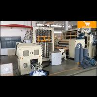 Máy sản xuất giấy vệ sinh dập nổi 3D Dechangyu